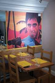 The Scarface - Al Pacino Table